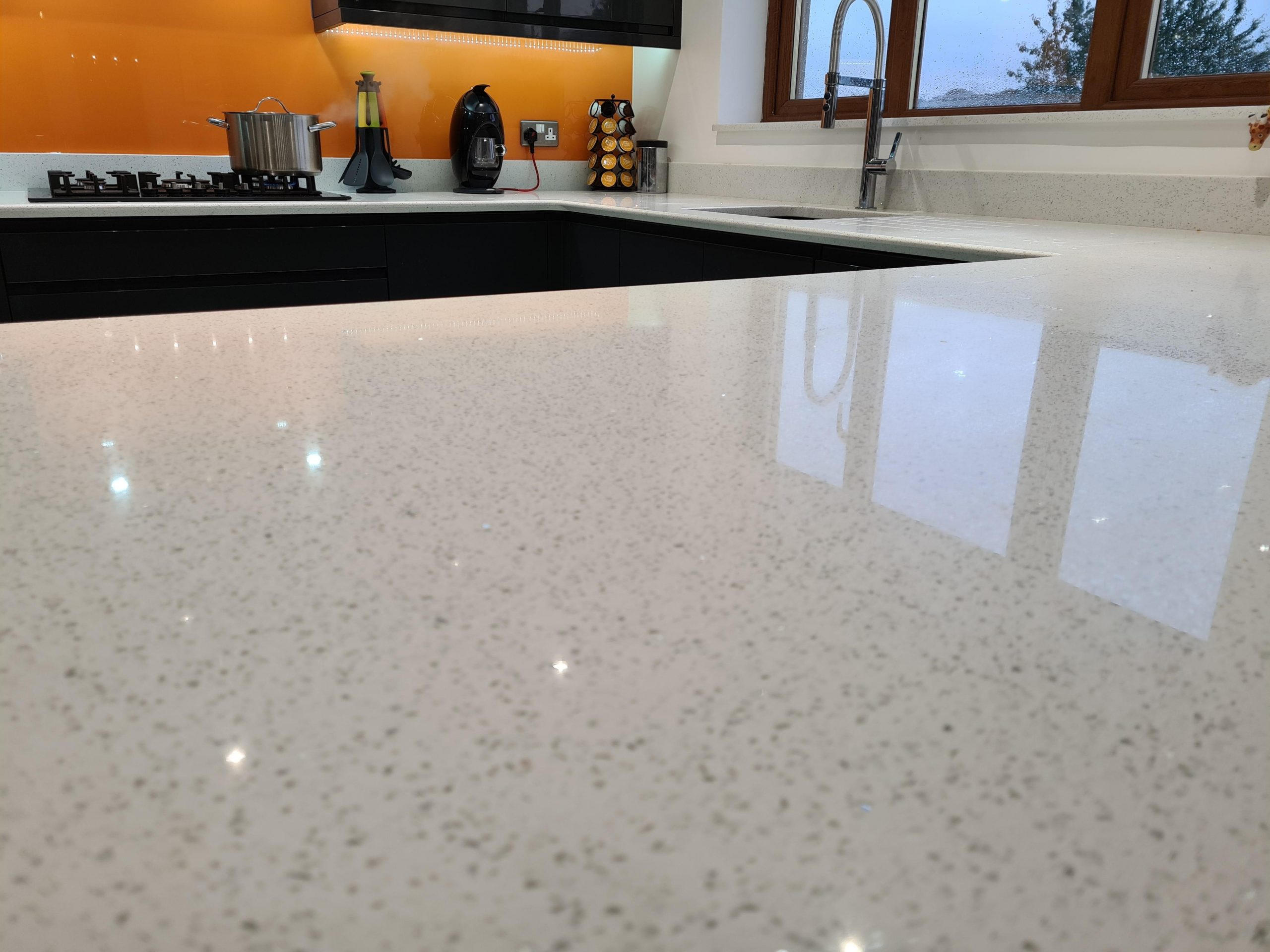 Simply Quartz White Sparkle